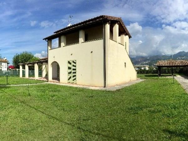 Riferimento 139-6 PL - Villa in Affitto a Pietrasanta