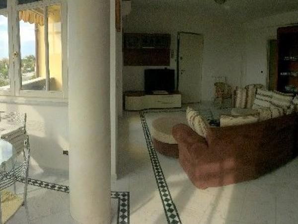 Riferimento 140-6 PL - Appartamento in Affitto a Marina Di Pietrasanta