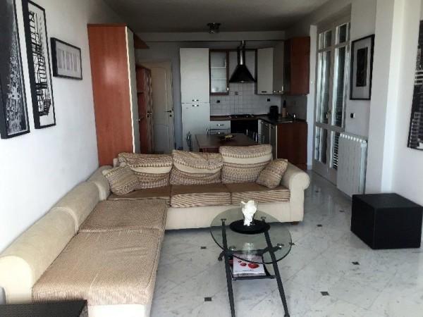 Riferimento 141-6 PL - Appartamento in Affitto a Marina Di Pietrasanta