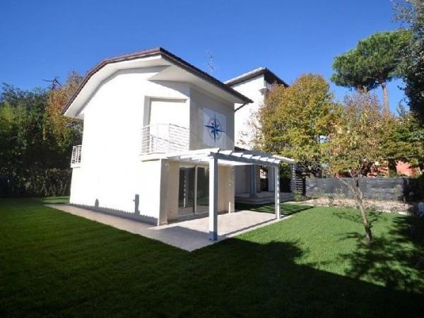 Riferimento 416-4 - Villa in Vendita a Marina Di Pietrasanta