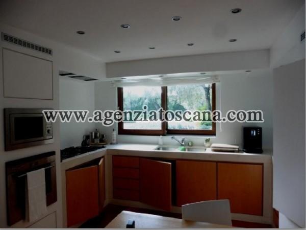 Villa Con Piscina in vendita, Pietrasanta - Crociale -  30