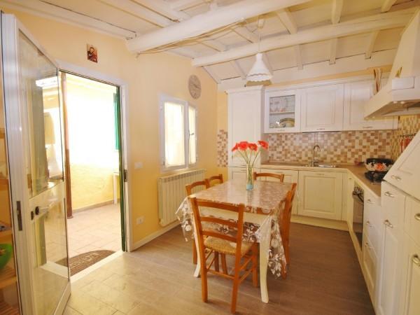 Riferimento LT 542 Il fiordo - Casa Semi Indipendente in Affitto a Marina Di Pietrasanta