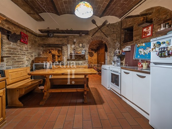 Reference B0159 - Apartment for Sale in Volterra