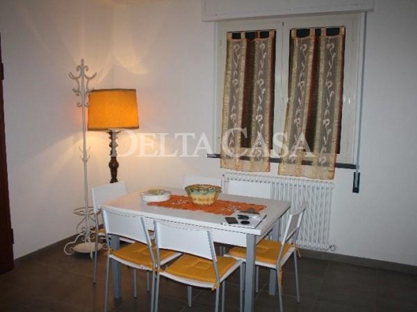 Reference LC001AP-01 - Appartamento for Affitto in Lido Di Camaiore
