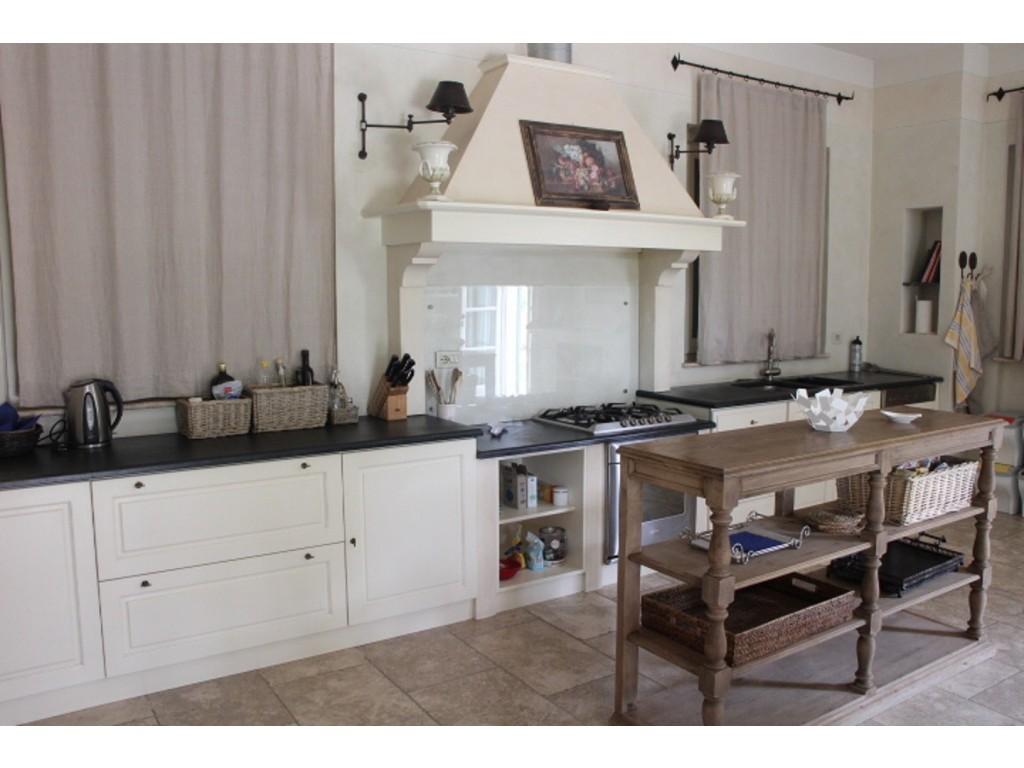 Rif.303 - cover Bella villa di nuova costruzione a forte dei marmi