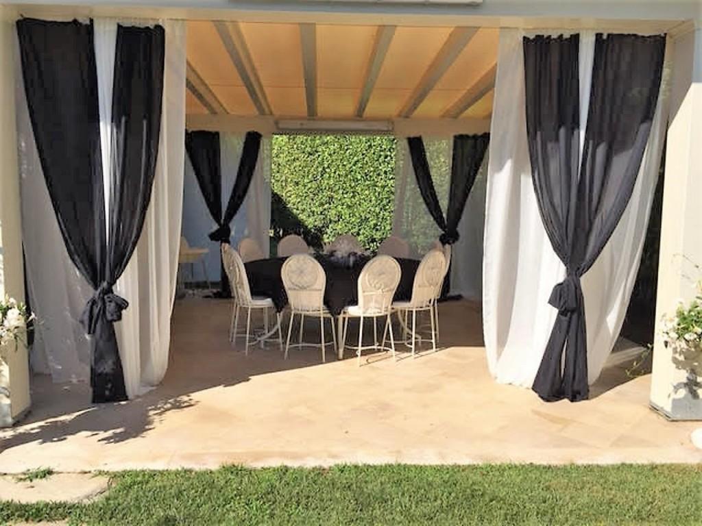 Rif.203 - cover Splendida villa con piscina
