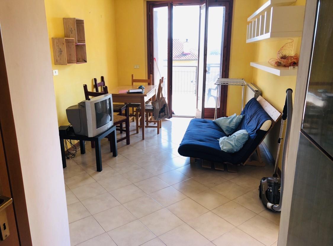 Appartamento in vendita a Monteroni d'Arbia, 4 locali, prezzo € 110.000 | CambioCasa.it