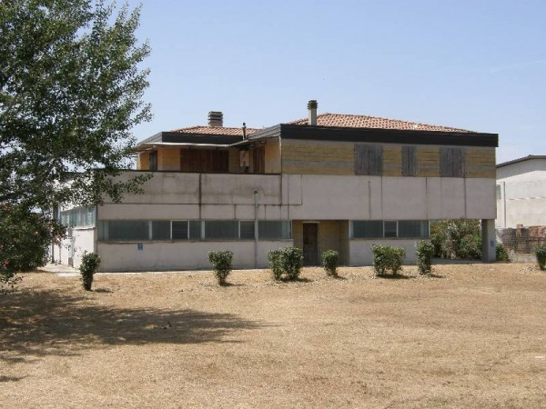 Riferimento 43 - Fondo Artigianale per Vendita in Montanelli