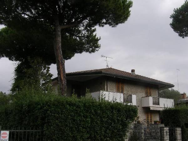 Riferimento 108 - Villa per Vendita in Forte Dei Marmi