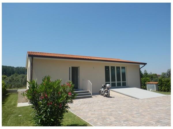 Riferimento 454 - Casa Indipendente per Vendita in Lido Di Camaiore