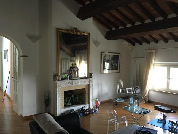 Riferimento 615 - Stabile - Palazzo per Vendita in Perignano