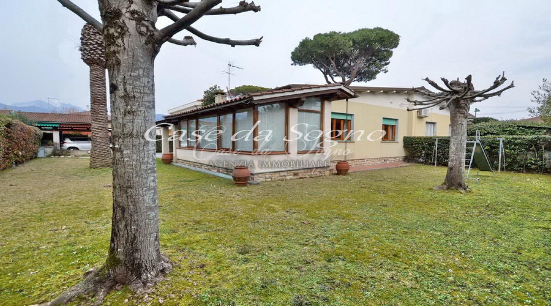 209 - cover Villa divina
