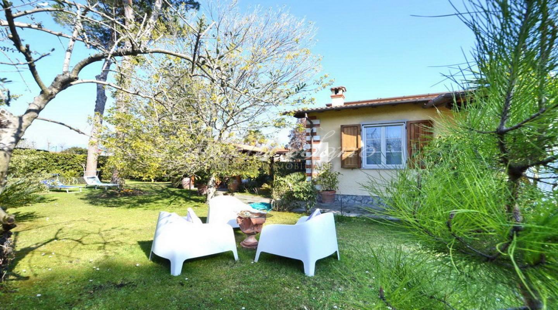 181 - cover Villa oasi