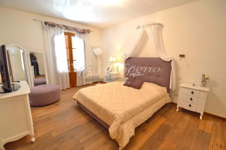 125 - cover Villa lucrezia