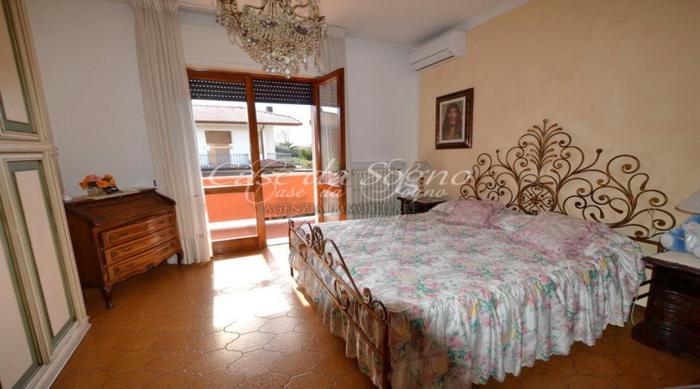 043 - cover Villa rosa