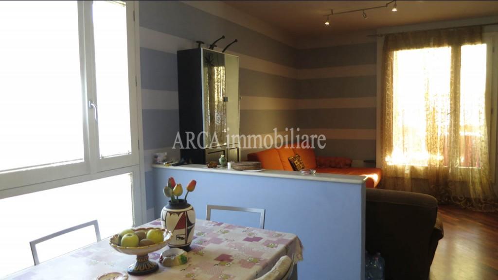 Appartamentoin Vendita, Pietrasanta - Centro - Riferimento: 1674