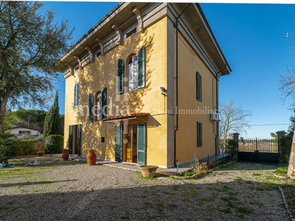 Reference R642 - Historical Villa for Sale in Pisa