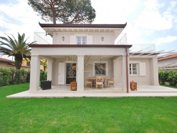 Villa in affitto, Pietrasanta, Marina di Pietrasanta