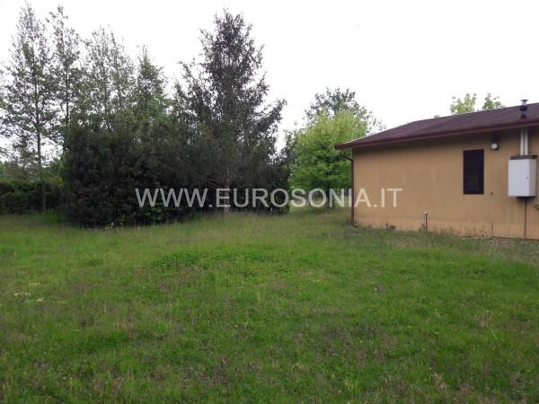 Riferimento ST 6501 - Terreno Residenziale in Vendita a Marina Di Pietrasanta