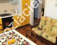 Immobiliare Cieffe - cucina in villetta a Marina di Massa - si vende a Ronchi con spiaggie sabbiose vicine alla rinomata Versilia