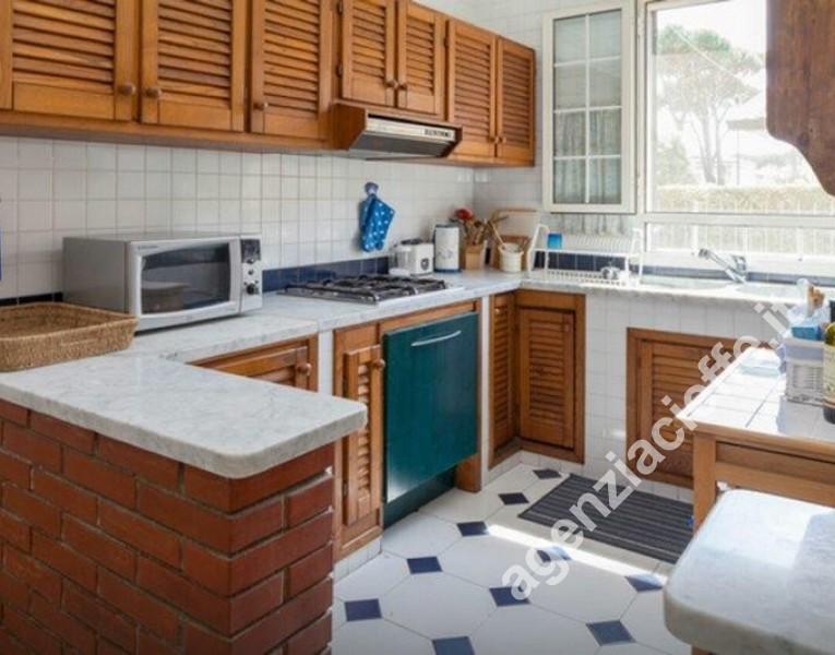 cucina in villa a Forte dei Marmi
