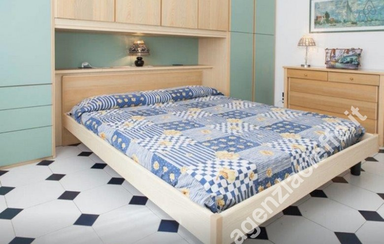 Agenzia Cieffe - camera da letto in appartamento da vendere a Forte dei Marmi