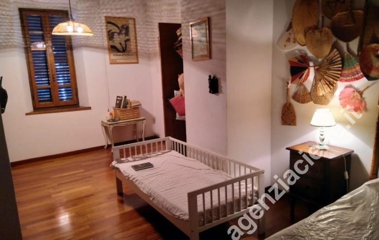 Agenzia Cieffe - camera da letto in versilia - villa storica a Forte dei Marmi @agenziacieffe.it
