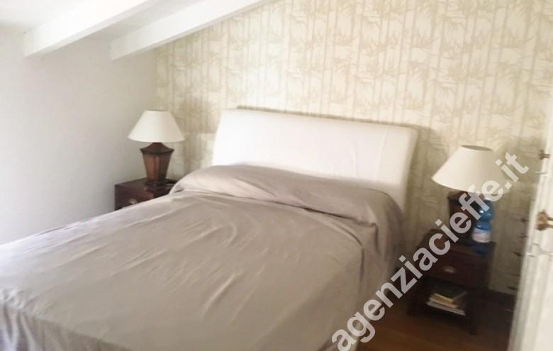 Agenzia Cieffe - camera da letto a Forte dei Marmi in vendita @agenziacieffe.it