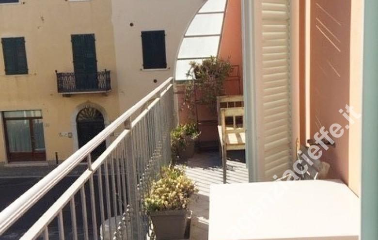 Agenzia Cieffe - appartamento a Forte dei Marmi - spiagge a due passi - movida della Versilia