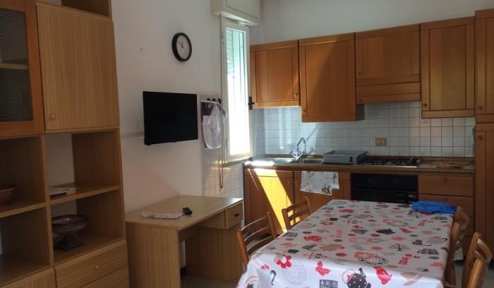 Riferimento AL174 - Appartamento in Affitto a Lido Di Camaiore