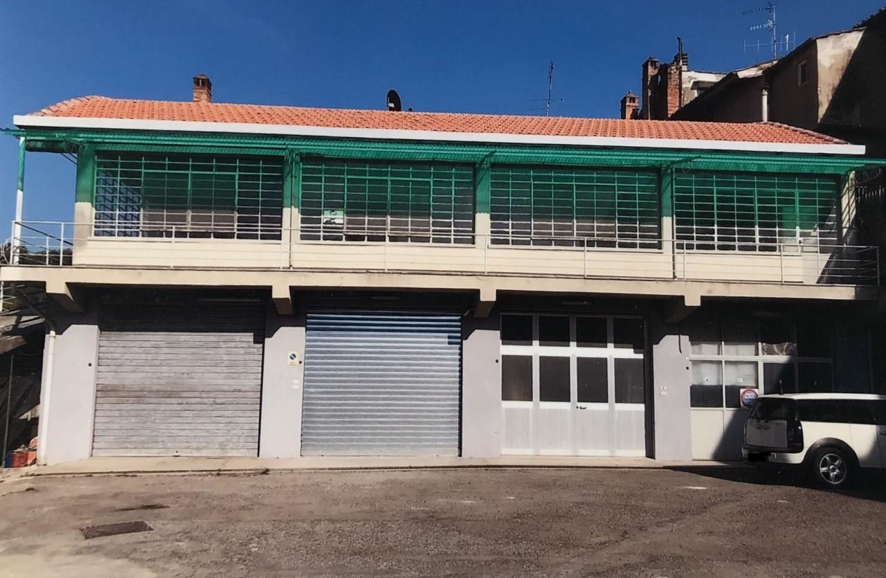 Laboratorio in affitto a Colle di Val d'Elsa, 9999 locali, prezzo € 600 | CambioCasa.it