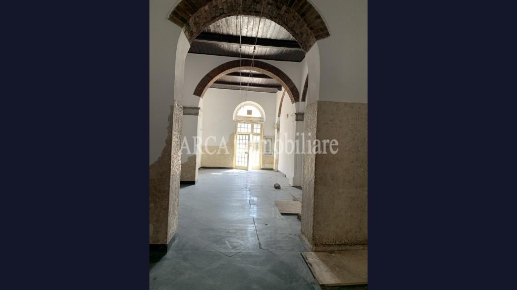 Locale Commercialein Vendita, Pietrasanta - Centro - Riferimento: 2835