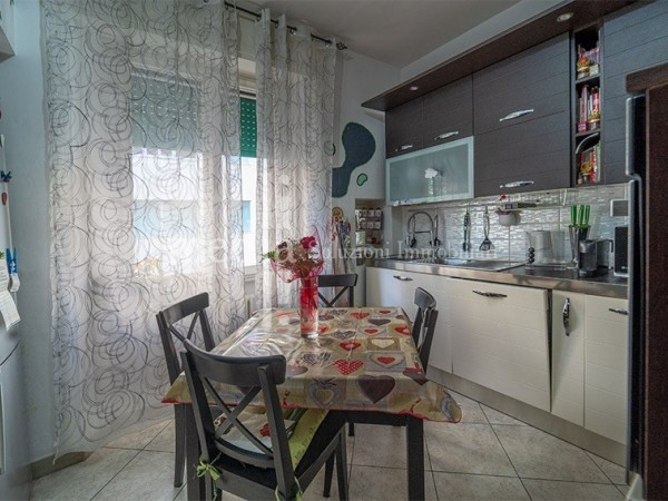 Riferimento 1740 - Appartamento in Vendita a Livorno