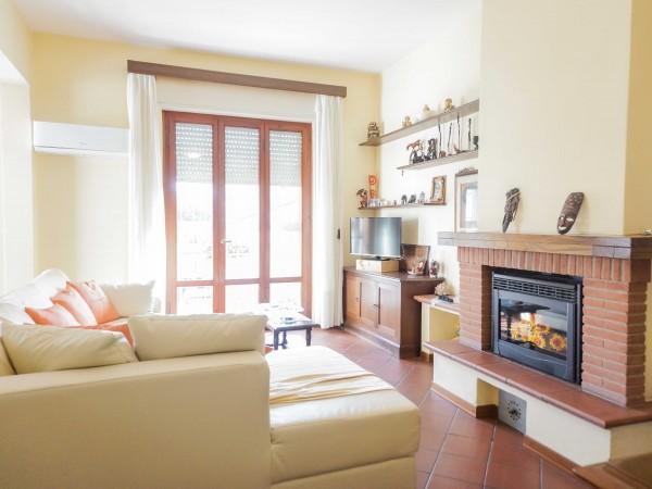 Casa Indipendente in vendita, Camaiore, Lido di Camaiore