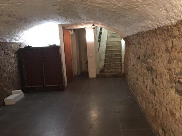 Riferimento C063_E - Locale Commerciale in Affitto a Civitavecchia
