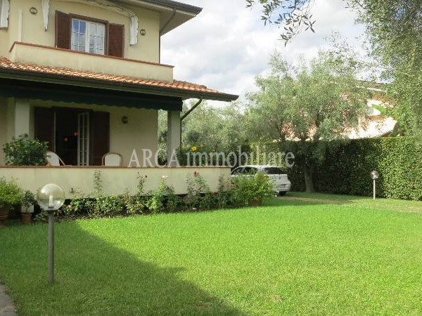 Villa Bifamiliare in vendita, pietrasanta, campagna