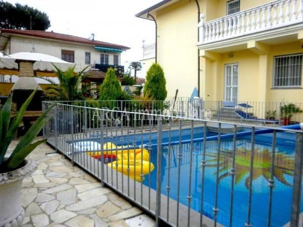Villa in vendita, pietrasanta, periferia