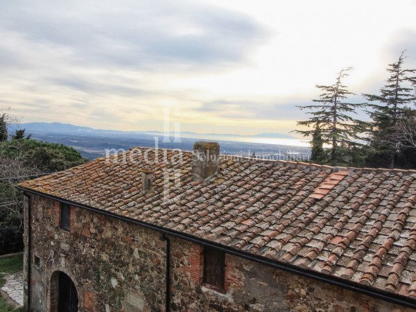 Reference R644 - Country House for Sale in Cecina