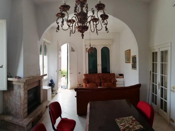 Riferimento 2F2503 - Villa Singola in Vendita a Torre Del Lago Puccini