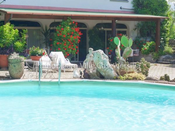 Villa Bifamiliare in vendita, Camaiore, Capezzano Pianore