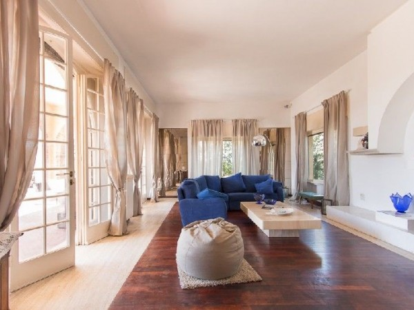 Riferimento 377 - Villa in Vendita a Marina Di Pietrasanta
