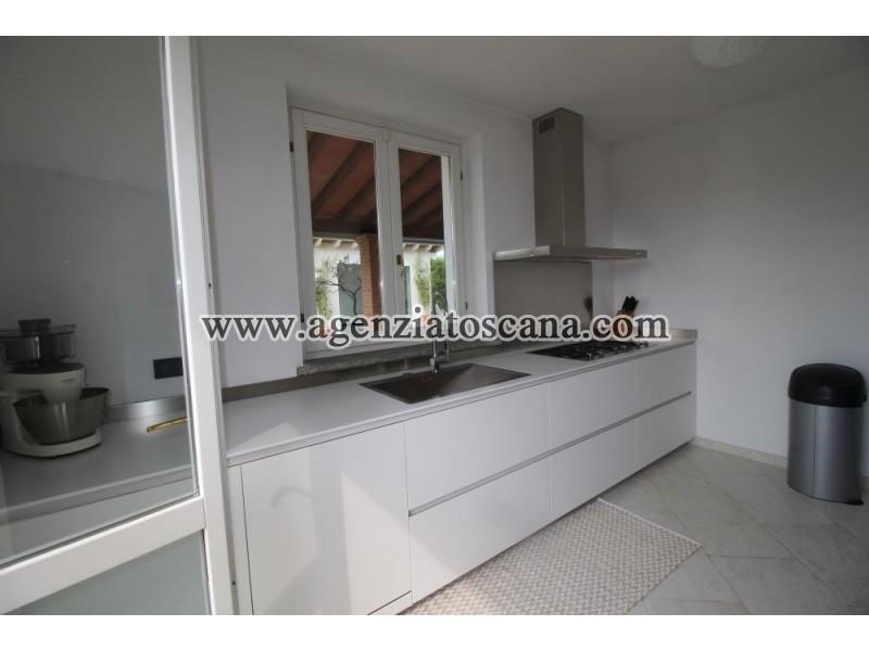 Villa Con Piscina in vendita, Pietrasanta -  21