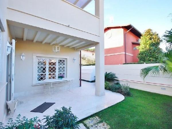 Riferimento 95-5 PL - Casa Semi Indipendente in Affitto a Forte Dei Marmi