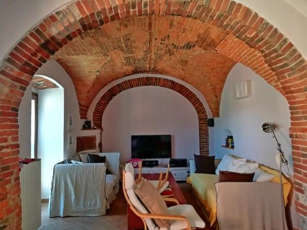 Riferimento 2573 - Casa Colonica in Vendita a Pistoia Est
