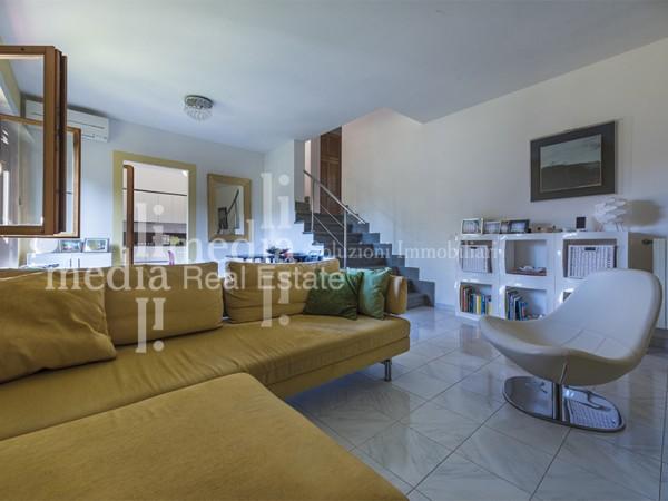 Riferimento 1595 - Appartamento in Vendita a Mare