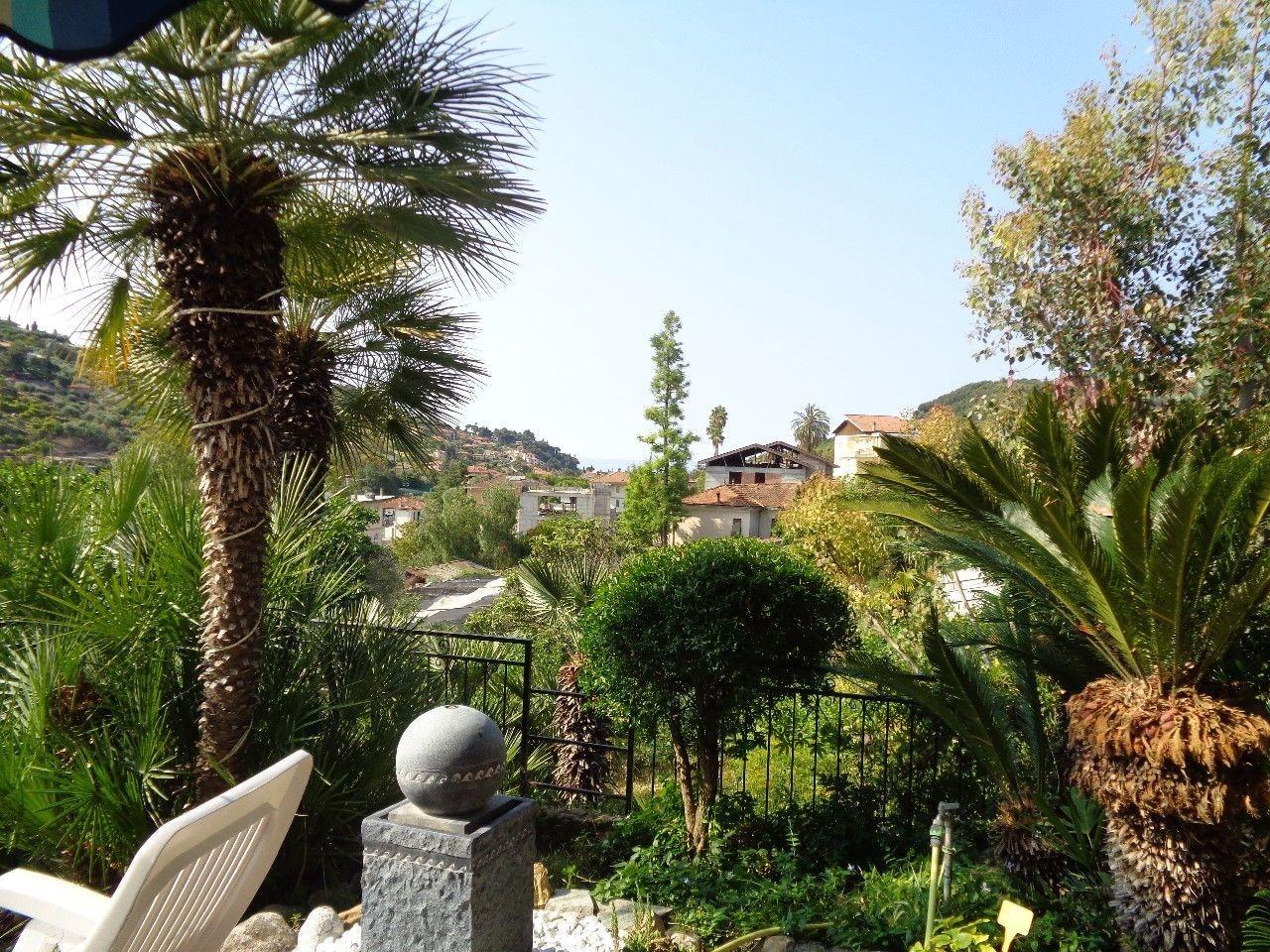 Appartamento in vendita a Bordighera, 3 locali, prezzo € 180.000 | PortaleAgenzieImmobiliari.it