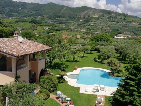 Villa con Piscina in affitto, Pietrasanta, Strettoia