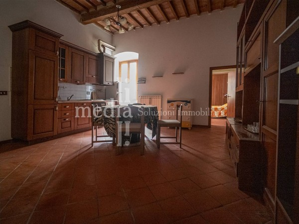 Riferimento 399 - Appartamento in Affitto a Livorno