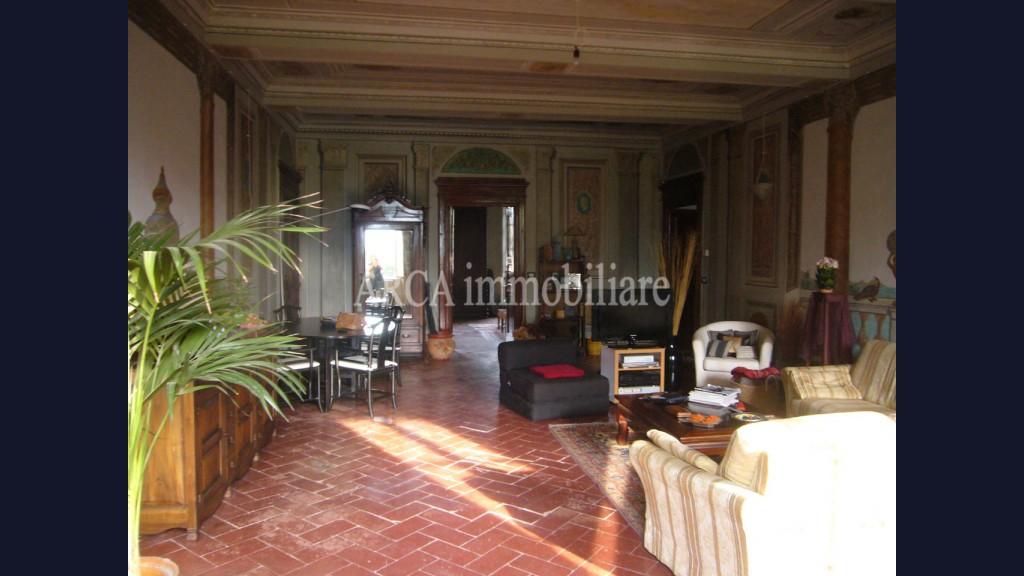 Appartamentoin Vendita, Camaiore - Centro Storico - Riferimento: 1309