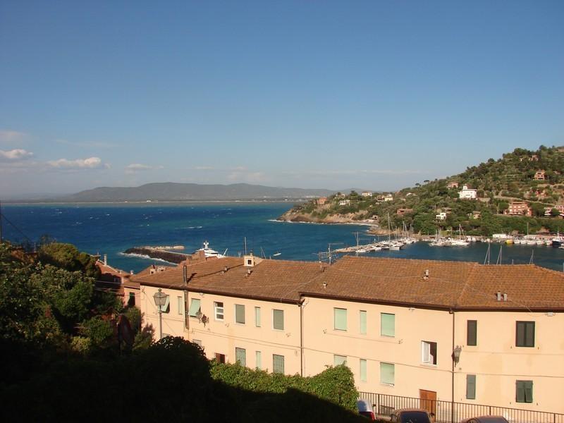 Appartamento in vendita a Monte Argentario, 5 locali, prezzo € 430.000 | PortaleAgenzieImmobiliari.it